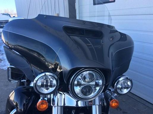 2014 Harley-Davidson FLHTK - Electra Glide® Ultra Limited Photo 7 of 10