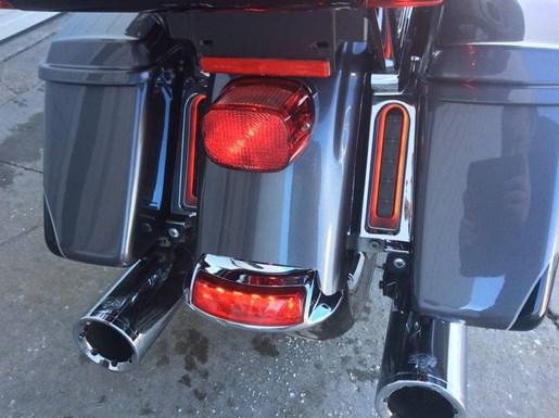 2014 Harley-Davidson FLHTK - Electra Glide® Ultra Limited Photo 9 of 10