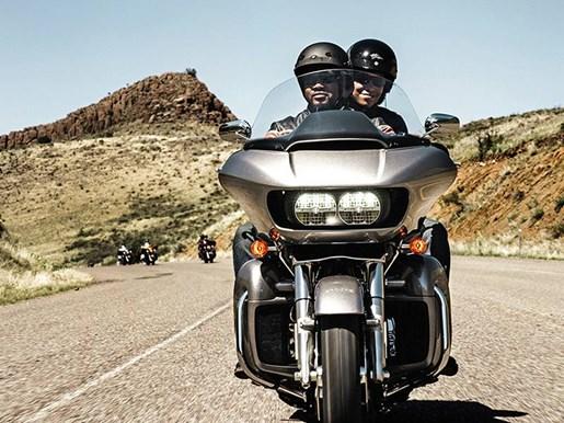 2016 Harley-Davidson FLTRU - Road Glide® Ultra Photo 7 of 9