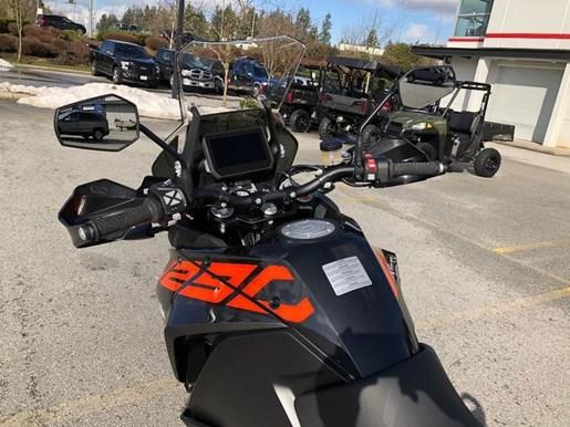 2018 KTM 1290 Super Adventure S Photo 4 of 7