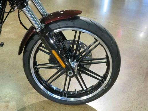 2018 Harley-Davidson FXBR - Softail® Breakout® Photo 3 of 9