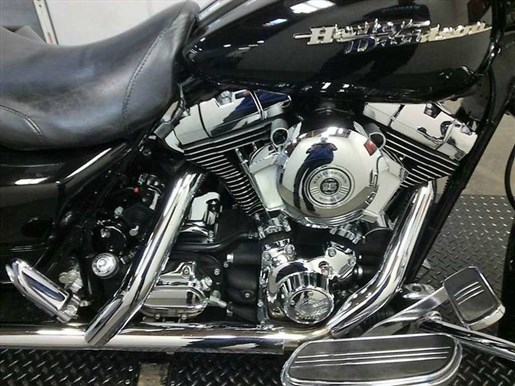 2006 Harley-Davidson FLHX - Street Glide® Photo 2 of 17