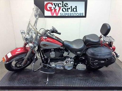2005 Harley-Davidson FLSTC - Heritage Softail® Classic Photo 2 of 22