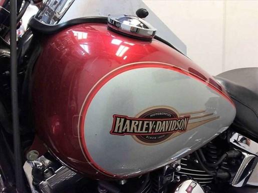 2005 Harley-Davidson FLSTC - Heritage Softail® Classic Photo 14 of 22