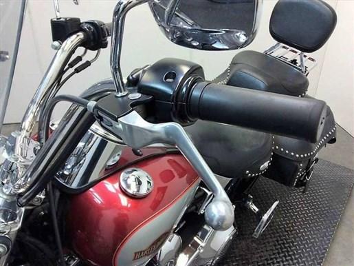 2005 Harley-Davidson FLSTC - Heritage Softail® Classic Photo 17 of 22