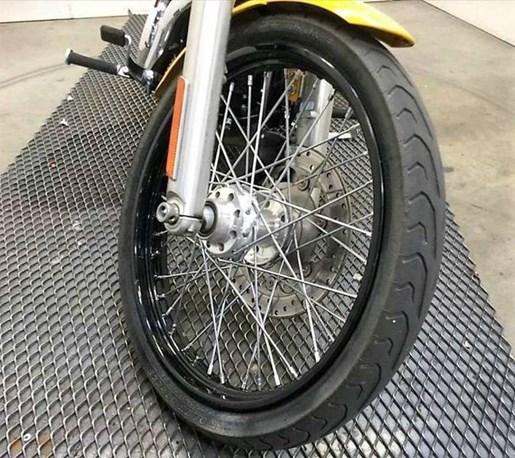 2011 Harley-Davidson FXDWG - Wide Glide® Photo 12 of 13