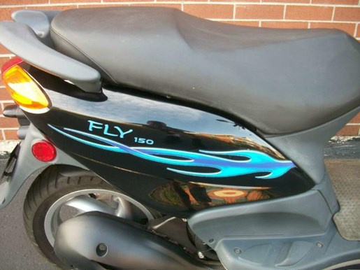 2006 Piaggio Fly 150 Photo 3 of 24