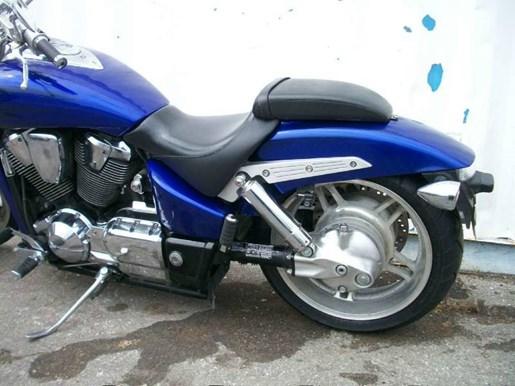 2006 Honda VTX™1800C Performance Cruiser Photo 5 of 7