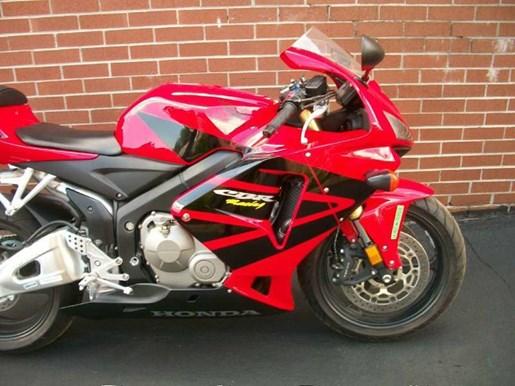 2006 Honda CBR®600RR Photo 3 of 26