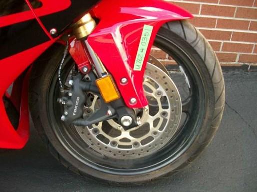 2006 Honda CBR®600RR Photo 8 of 26