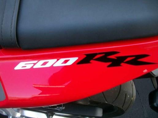 2006 Honda CBR®600RR Photo 23 of 26