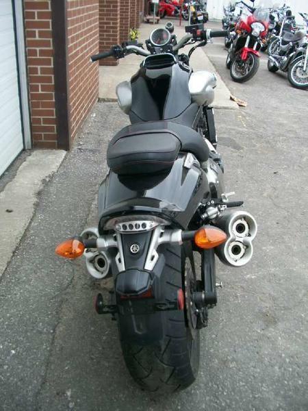2009 Yamaha VMX17 (VMAX) Photo 11 of 11