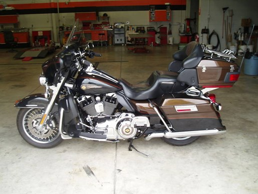 2013 Harley-Davidson FLHTK - Electra Glide® Ultra Limited 110 Photo 1 of 13