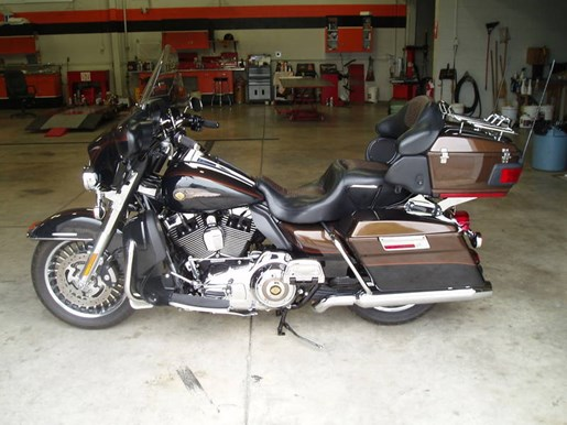 2013 Harley-Davidson FLHTK - Electra Glide® Ultra Limited 110 Photo 5 of 13