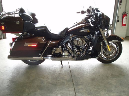 2013 Harley-Davidson FLHTK - Electra Glide® Ultra Limited 110 Photo 11 of 13