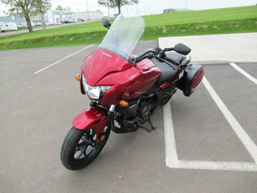2014 Honda CTX®700T Photo 7 of 10