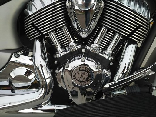 2017 Indian Motorcycle® Chieftain® Limited Silver Smoke Photo 6 sur 8