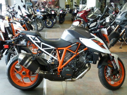 2018 KTM 1290 Super Duke R Photo 1 of 2