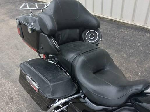 2013 Harley-Davidson FLHTK - Electra Glide® Ultra Limited Photo 8 of 10