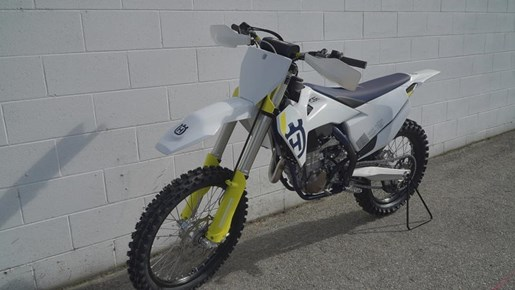 2019 Husqvarna® FC 450 Photo 3 of 3