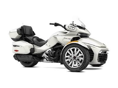 2017 Can-Am Spyder® F3 Limited 6-Speed Semi-Automati Photo 1 of 1