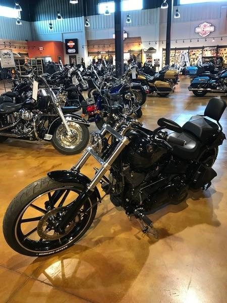 2014 Harley-Davidson FXSB - Softail® Breakout™ Photo 4 of 12