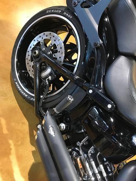 2014 Harley-Davidson FXSB - Softail® Breakout™ Photo 10 of 12