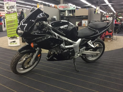 2001 SUZUKI SV650 Photo 2 of 3