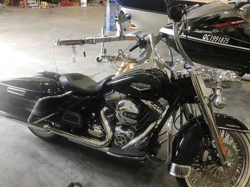 2014 Harley-Davidson FLHR Road King Photo 1 of 6
