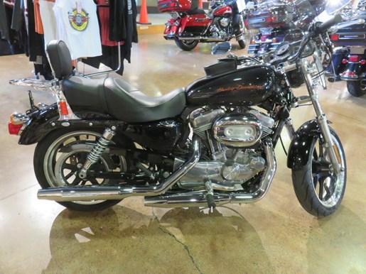 2011 Harley-Davidson XL883L - Sportster® SuperLow® Photo 3 of 8