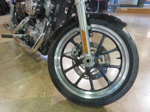 2011 Harley-Davidson XL883L - Sportster® SuperLow® Photo 5 of 8