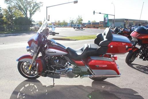 2019 Harley-Davidson FLHTCU - Electra Glide® Ultra Classic® Photo 1 of 5