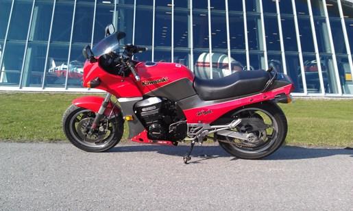 1984 Kawasaki GPz900R Ninja Photo 1 of 8