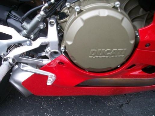2016 Ducati 1299 Panigale Photo 7 of 28