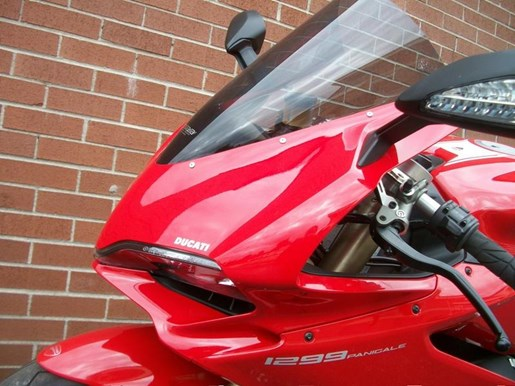 2016 Ducati 1299 Panigale Photo 17 of 28