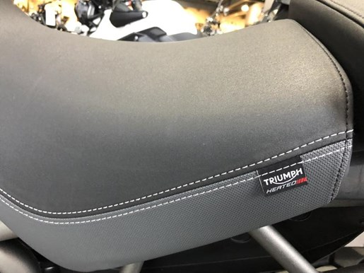 2018 Triumph Tiger 800 XCA Crystal White Photo 3 of 8