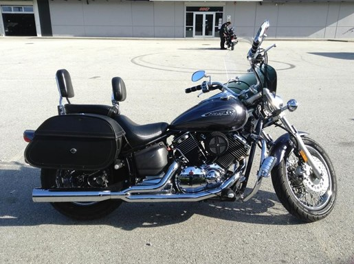 2010 Yamaha Vstar 1100 Custom Photo 2 of 6