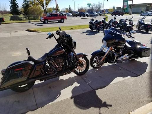 2019 Harley-Davidson FLHX - Street Glide® Photo 2 of 8