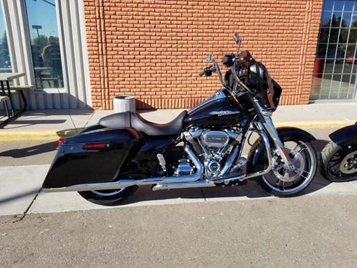 2019 Harley-Davidson FLHX - Street Glide® Photo 6 of 8