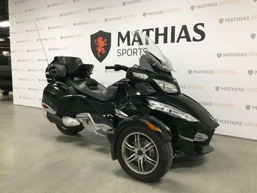 2010 Can-Am Spyder RTS Photo 3 of 12
