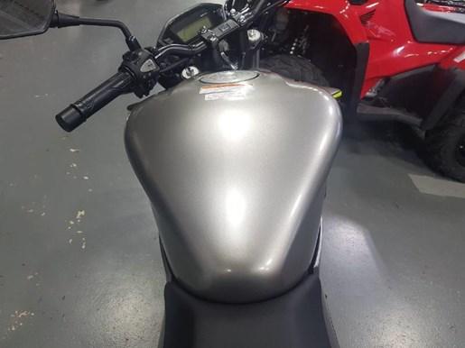 2017 Honda CB300F Photo 7 of 11