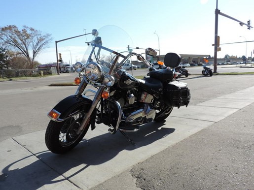 2013 Harley-Davidson FLSTC - Heritage Softail® Classic Photo 3 of 6