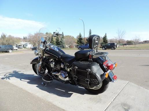 2013 Harley-Davidson FLSTC - Heritage Softail® Classic Photo 4 of 6
