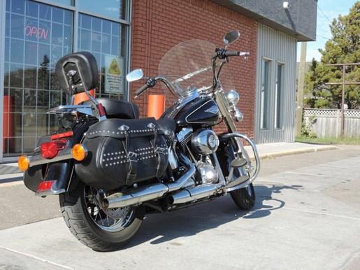 2013 Harley-Davidson FLSTC - Heritage Softail® Classic Photo 5 of 6