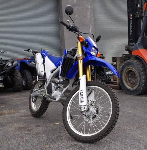 2015 Yamaha WR250R Photo 6 of 14