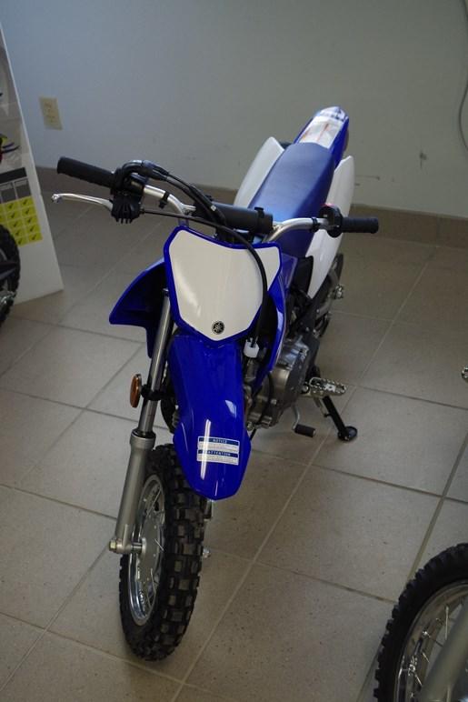 2018 Yamaha TT-R50E Photo 3 of 7