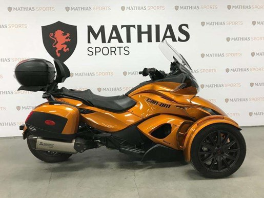 2014 Can-Am spyder st limited Photo 1 of 10