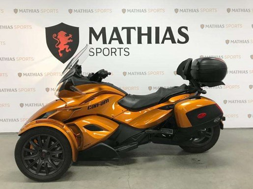 2014 Can-Am spyder st limited Photo 4 of 10