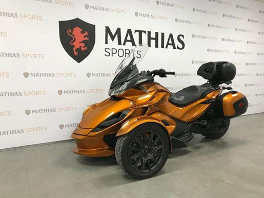 2014 Can-Am spyder st limited Photo 5 of 10
