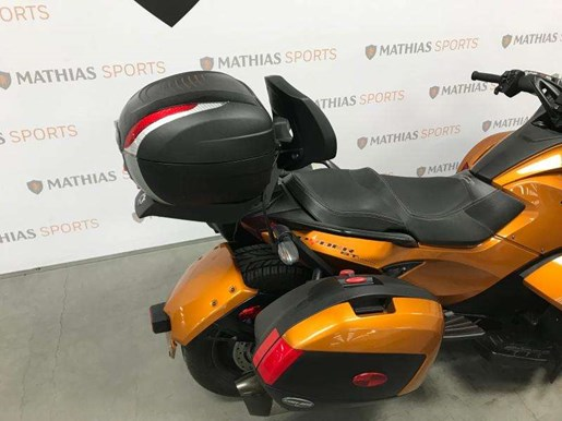 2014 Can-Am spyder st limited Photo 10 of 10
